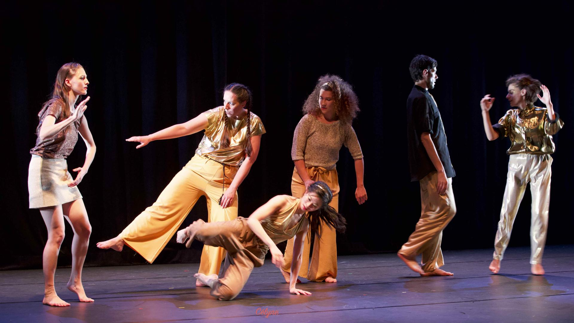 « danseurs dorés »